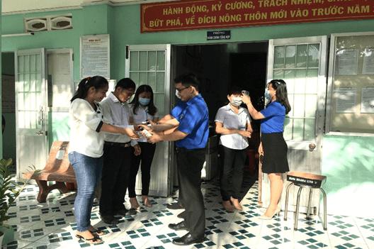 Thanh niên Sở Công thương Trà Vinh thực hiện tháng thanh niên 2020 và quyết tâm phòng chống dịch Covid-19