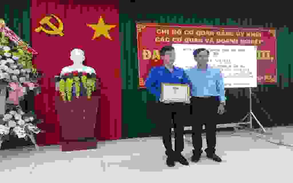 Đoàn Khối các cơ quan và Doanh nghiệp tổ chức hoạt động kỷ niệm 130 năm ngày sinh chủ tịch Hồ Chí Minh