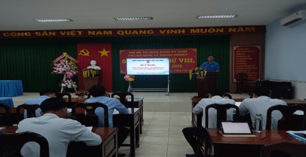 Tổ chức Hội nghị đóng góp dự thảo văn kiện Đại hội Đảng các cấp, nhiệm kỳ 2020-2025