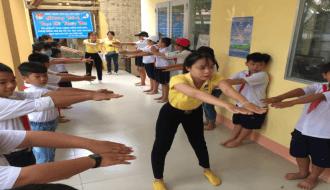 Đoàn Khối tập huấn kỹ năng phòng, chống đuối nước, tai nạn thương tích cho trẻ em