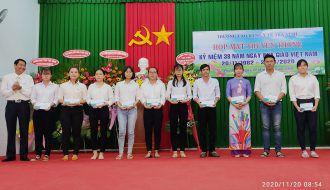 Đoàn Trường Cao đẳng y Tế Trà Vinh trao 20 suất học bổng cho sinh viên