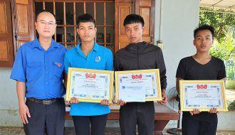 Gia Lai: Khen thưởng 4 thanh niên dũng cảm cứu người đuối nước