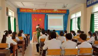 Đoàn Trường Phổ thông DTNT THPT tỉnh tổ chức tập huấn, hướng dẫn kỹ năng thực hành xã hội cho học sinh năm học 2020 – 2021