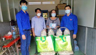 Tuổi trẻ Đoàn khối Trà Vinh trao 200 túi thuốc an sinh cho  người dân trên địa bàn tỉnh